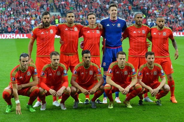 Wales-team-line-up